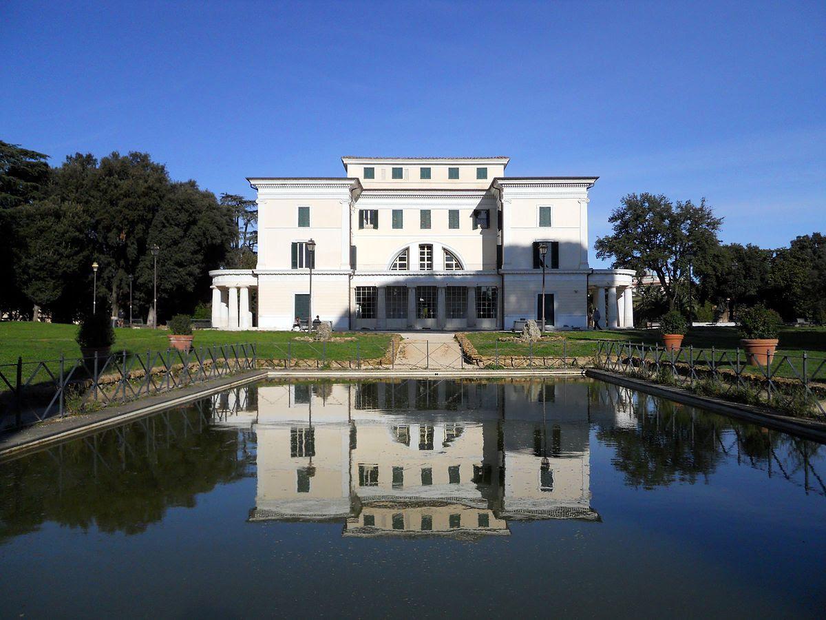 Fil: Villa-torlonia.jpg