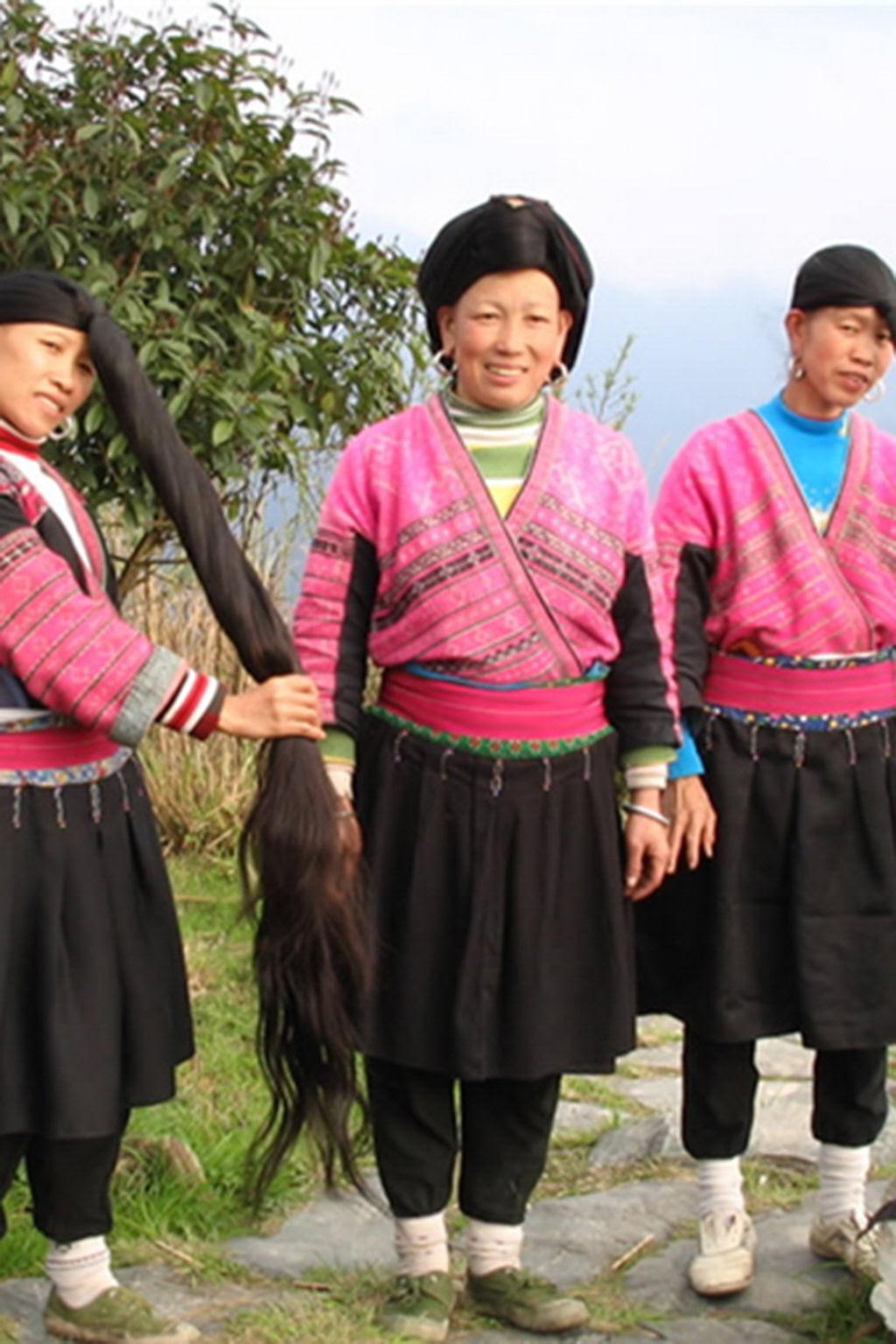 """Nesta aldeia vivem as """"Rapunzels"""" com o cabelo mais longo do mundo e guardam um curioso segredo 16"""