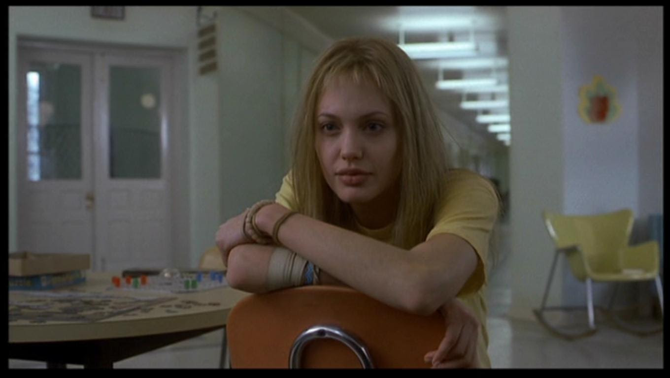 Angelina Jolie As Lisa Rowe In Girl Interrupted Angelina Images, Photos, Reviews