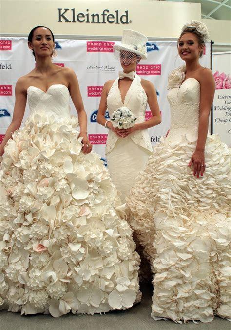 11th Annual Cheap Chic Weddings Toilet Paper Wedding Dress
