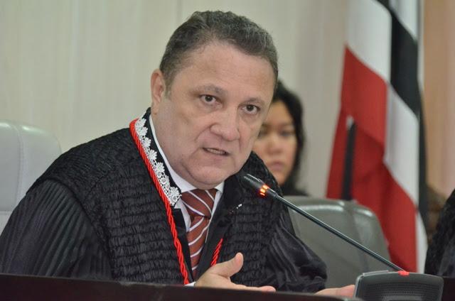 Desembargador Cleones Cunha é eleito presidente do Tribunal Regional Eleitoral
