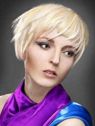 Destaques do cabelo loiro