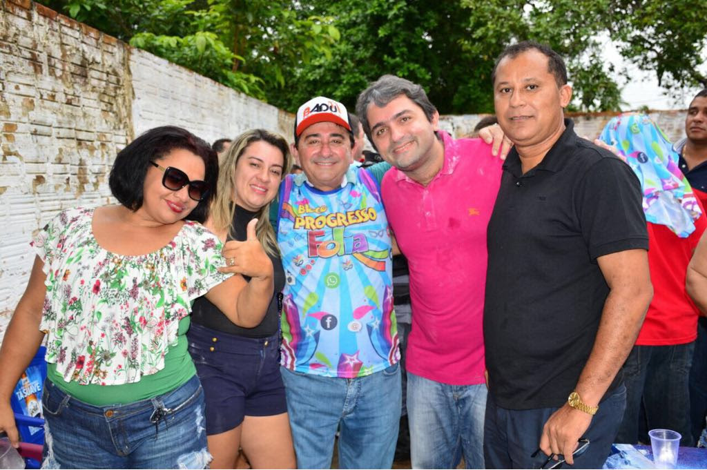 Resultado de imagem para FOTOS DE HEMETÉRIO WEBA NO CARNAVAL MARANHENSE