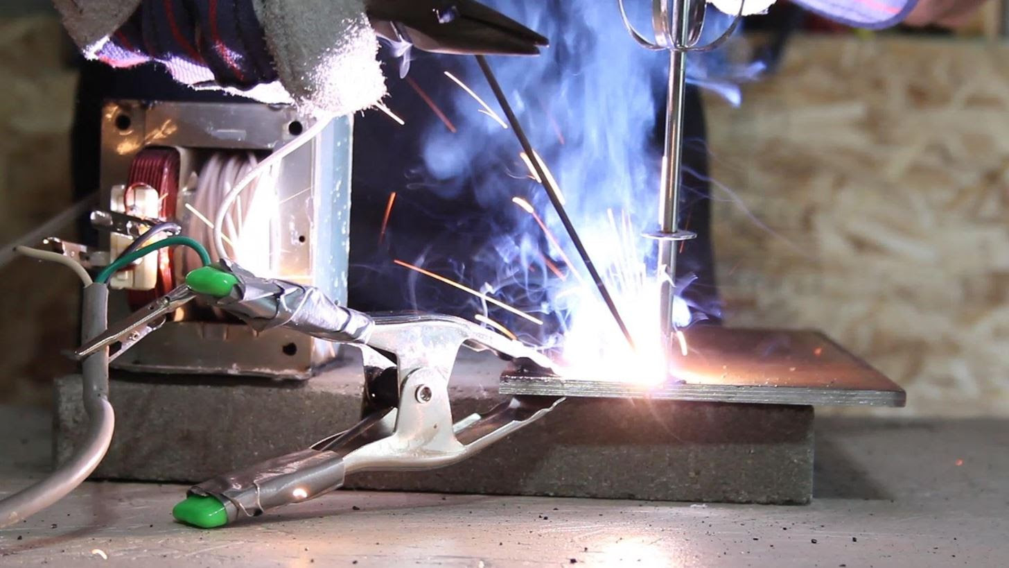 How to Make an AC Arc Welder Using Parts from an Old ...