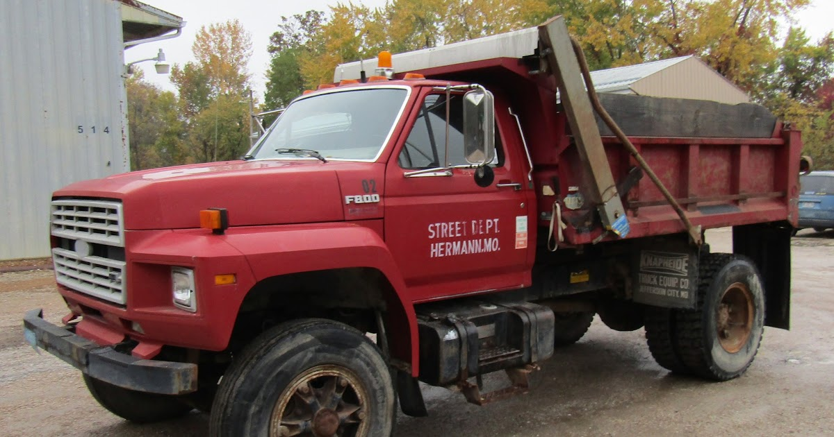 1990 Ford F800 Service Manual