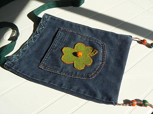 pochette en jean.jpg