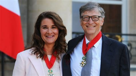 Bill Gates Net Worth 2018/2019   he wants to donate most