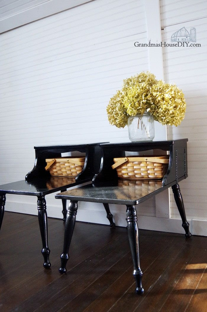 bedside-tables-black-paint-makeover