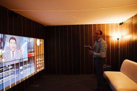 Esta colosal TV deja a los proyectores en ridículo