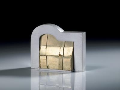 黃金亞熱帶 4.7x1.7x3.9 925 銀,750K 黃 2003