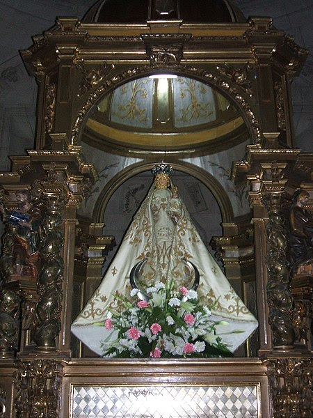 Archivo:Saldaña Virgen del valle.JPG