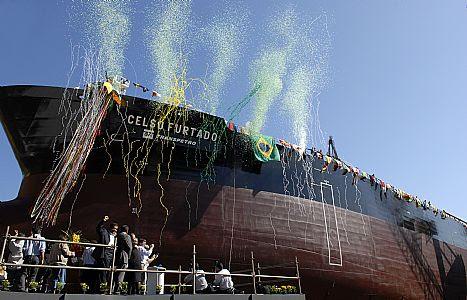 http://diariodopresal.files.wordpress.com/2010/06/navio-petroleiro-celso-furtado-construido-pelo-promef-no-rio-de-janeiro.jpg