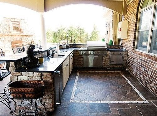Small Outdoor Kitchen Ideas
