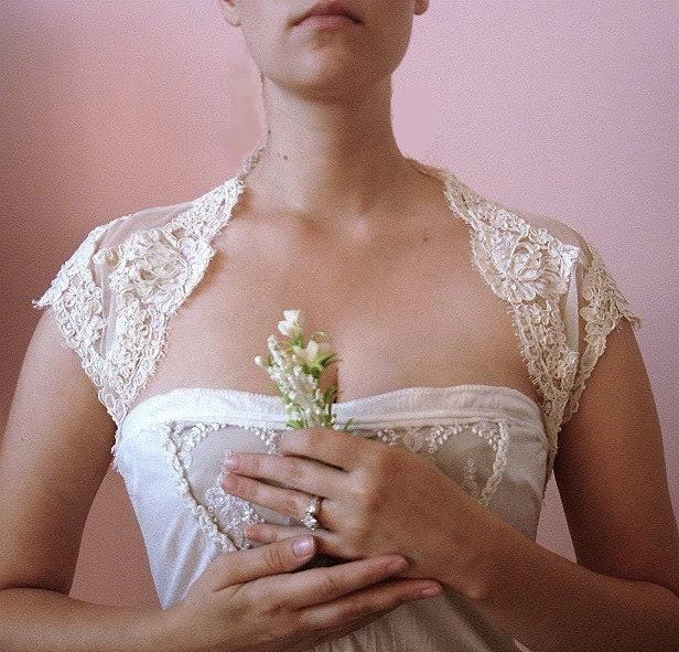 Scalloped Bridal Shrug- White or Ivory lace (Non-beaded)