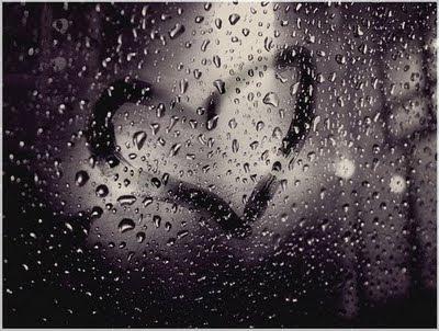 61 Gambar Air Hujan Di Kaca Paling Bagus