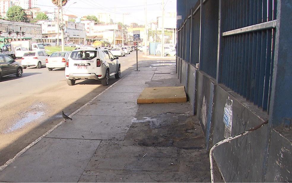 Casal foi queimado no bairro de Sete Portas, na última terça-feira (Foto: Reprodução/ TV Bahia)