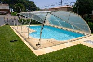 install swimming pool covers and accessories_300_200