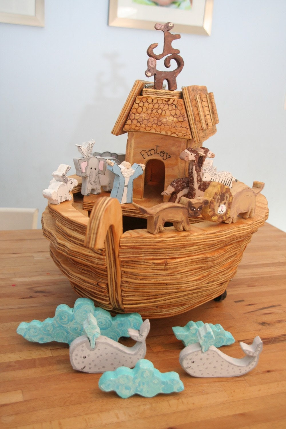Hand crafted/Hand painted Wooden Noah's Ark and Animals-CUSTOM