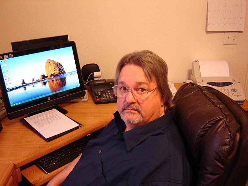 Headshot for author Thomas William Lowrie