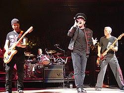 2005-11-21 U2 @ MSG by ZG.JPG