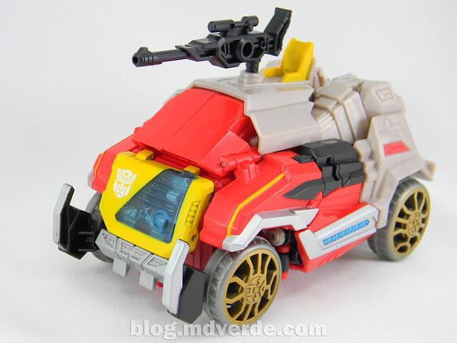 Transformers Blaster Voyager - Generation Fall of Cybertron - modo alterno