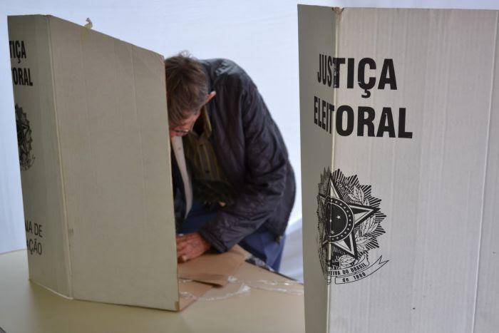 cabine-eleitoral-2
