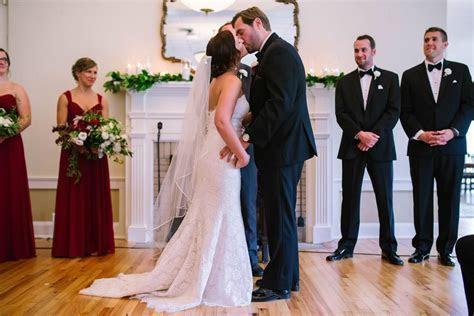 A Winter Park Farmers Market Wedding: Red Wine & Greenery