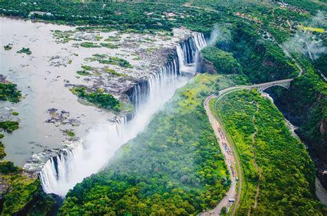 worlds largest waterfalls  underwater amusing planet