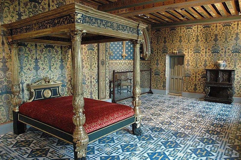 File:SchlossBloisSchlafzimmerdesKoenigs.jpg