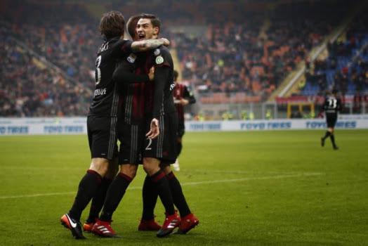 Assistir  Milan x Crotone ao vivo grátis em HD 06/01/2018