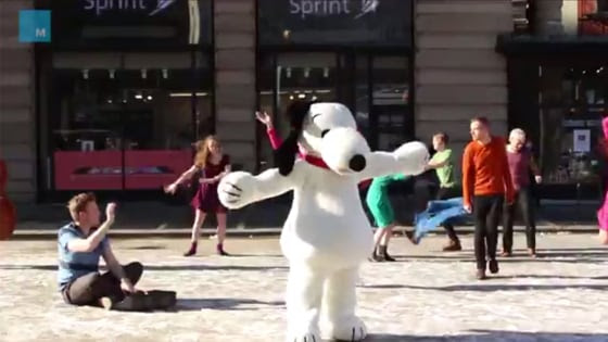 Snoopy hit the streets of New York in this flash mob.