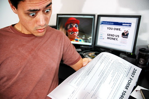 Paying the Tax Man via Flickr by fd