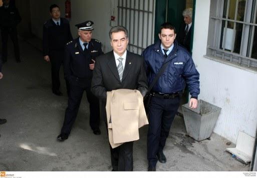 """Ο Δικαστής που έριξε ισόβια στον Παπαγεωργόπουλο μιλάει και """"αργκο"""" και δεν κωλώνει πουθενά."""