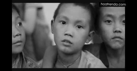 Hoa trên đá 2 | Vẽ lớp học và làm sân chơi tại điểm trường Xáy Sà Phìn, Lũng Cú, Hà Giang