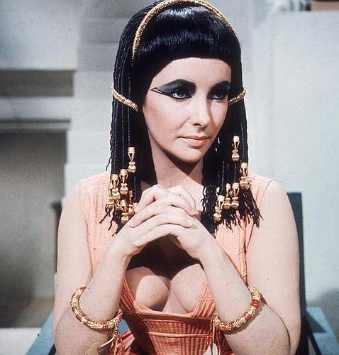 Cleopatra, las intrigas históricas de la «ramera» que dominó Egipto
