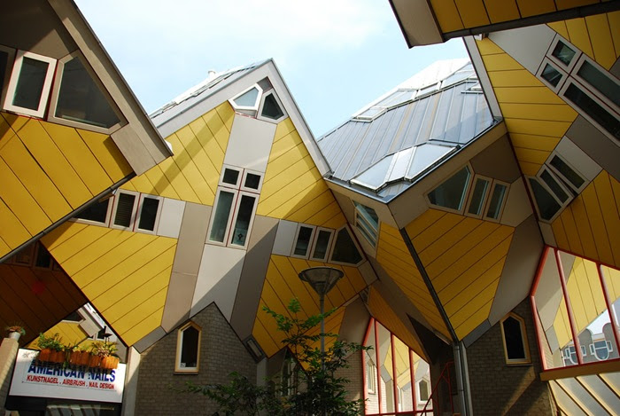 22-33-Worlds-Top-Strangest-Buildings-cubic-houses