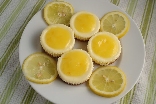 Lemon Cheesecake Cupcakes