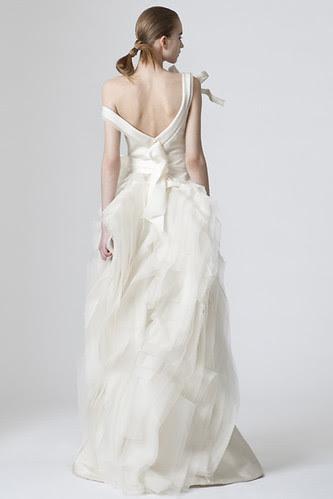 Vera_wang_spring_2010_Dress1back