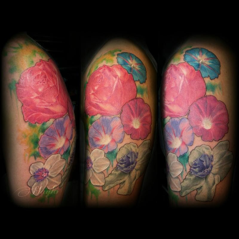 Realism Floral With Roses Morning Glory And Jonquil With