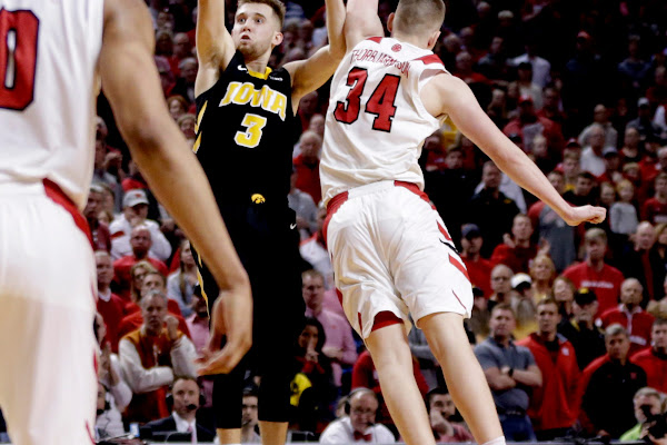 fde88be302f This time, Bohannon can't rescue Iowa; Nebraska surges to stunning win