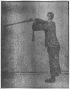《昆吾劍譜》 李凌霄 (1935) - posture 10