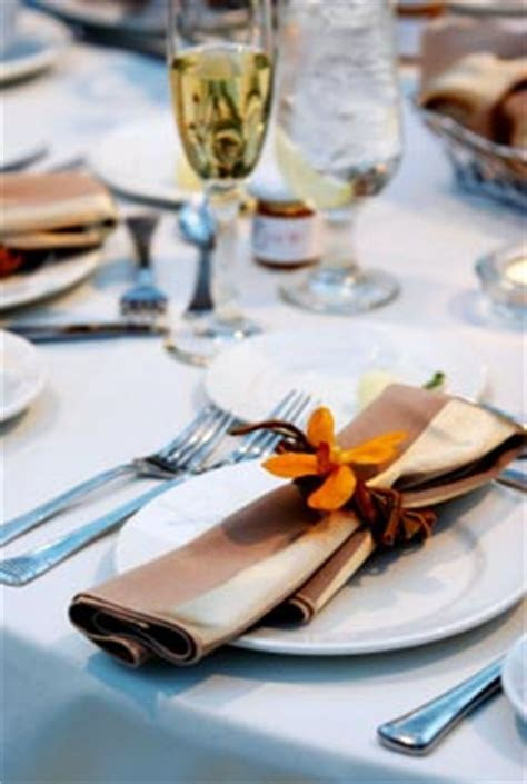Wedding Napkins and Wedding Table Decoration Ideas