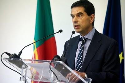 Esperava-se que o Governo fizesse já o anúncio de cortes de vulto na despesa pública, o que acabou por não acontecer. Foto Miguel A. Lopes/LUSA/EPA.