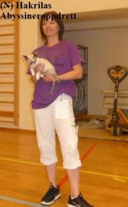 Min kattevenninne Hege (som er med i samme katteklubb som meg) under nomineringen med sin kjempefine devon rex, og den ble NOM til panel :)