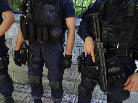 Μπαράζ τρόμου στην Αθήνα - Ποιοι είναι οι στόχοι