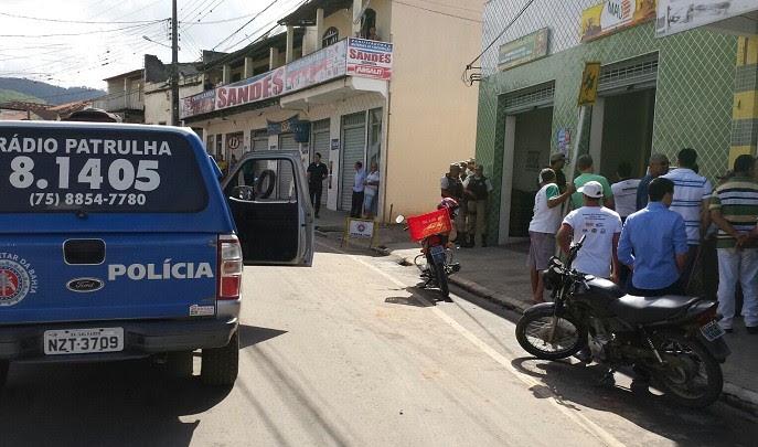 Polícia negociou e bandido se entregou após invasão