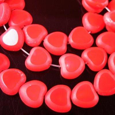 2709550903s8 Window Beads - 8 mm Beveled Flat Heart - Fire Engine Red (strand 25)