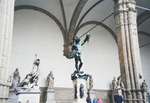 Perseus, Benvenuto Cellini, Loggia dei Lanzi (Loggia della Signoria), Firenze _ 8080 - 500