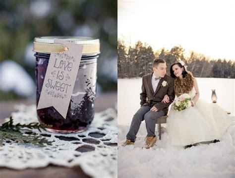 Rustic Winter Wedding Inspiration   Rustic Wedding Chic