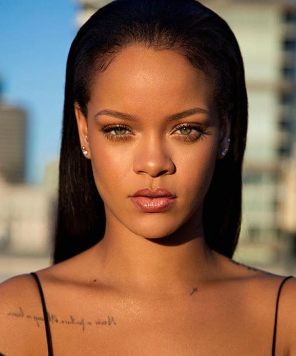 Rihanna para a Fenty Beauty (Foto: Reprodução Instagram)